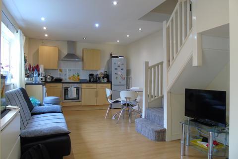 1 bedroom property to rent - Gold Street, CF24 0LF