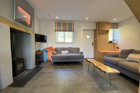 3 bedroom terraced house for sale - Torrington Place, Kenton, EX6