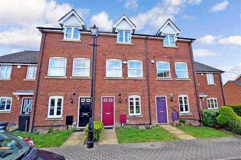 3 bedroom townhouse for sale - Oldfield Drive, Wouldham, Rochester, Kent