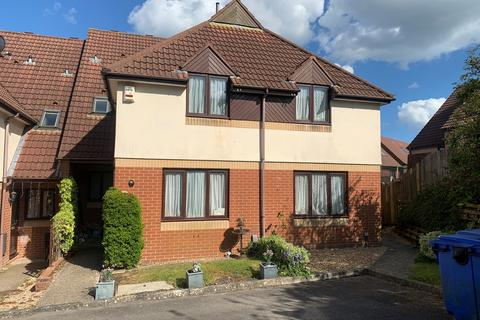 1 bedroom cluster house to rent - Poole BH12