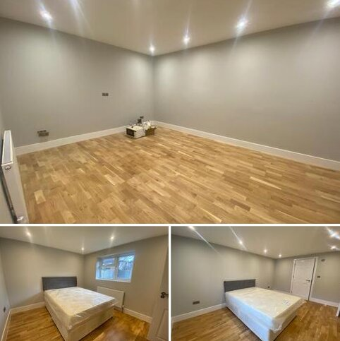 8 bedroom semi-detached bungalow to rent - Whitney Avenue, Ilford  IG4