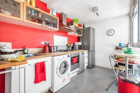 3 bedroom flat for sale - Elsted Street, Walworth