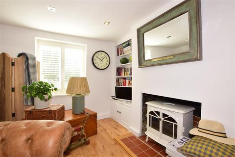 3 bedroom end of terrace house for sale - Fitzalan Road, Arundel, West Sussex