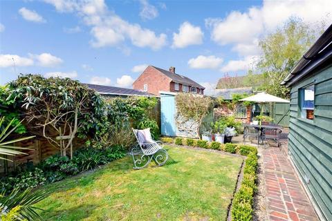 3 bedroom end of terrace house for sale - Fitzalan Road, Arundel, West Sussex