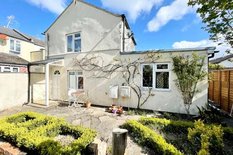 1 bedroom detached house to rent - St Pauls Street North, St Pauls, Cheltenham, GL50