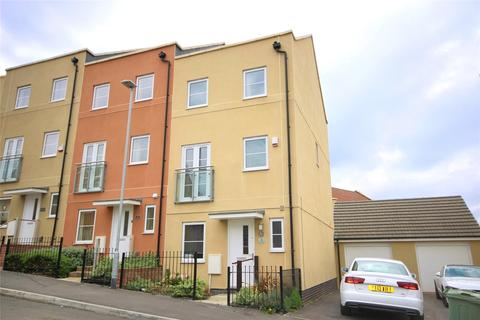 4 bedroom end of terrace house for sale - Fairford Road, Cheltenham, GL52