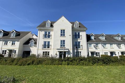 2 bedroom flat to rent - Pintail Close, Cheltenham