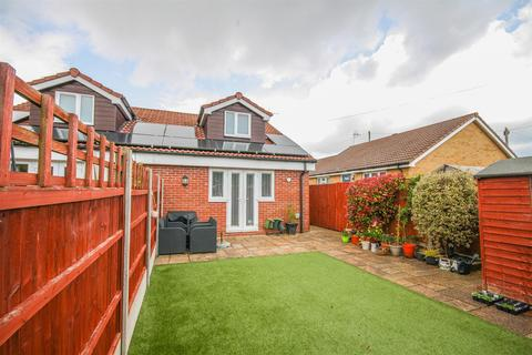 2 bedroom semi-detached bungalow for sale - Langley Crescent, Ashton Vale, Bristol, BS3 2RE