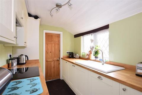 3 bedroom cottage for sale - Gravesend Road, Higham, Rochester, Kent