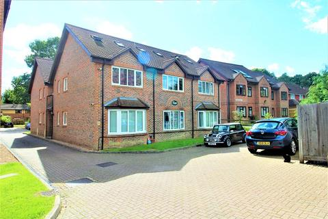 1 bedroom maisonette to rent - , 24 Perryfield Road, Crawley, West Sussex. RH11 8FR