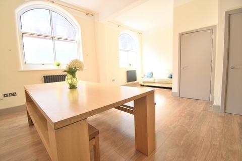 3 bedroom apartment for sale - Herbert Morrison House, Browning Street, Elephant & Castle, SE17
