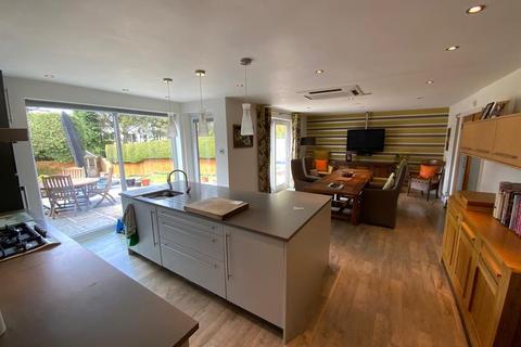 4 bedroom detached house for sale - Burnside Close , Stalybridge , Cheshire, SK15 2TW