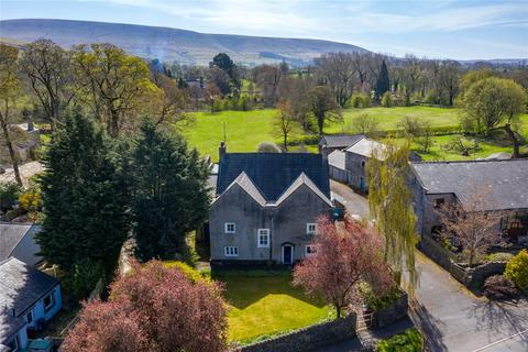 4 bedroom detached house for sale - Crow Trees Brow, Chatburn, Clitheroe