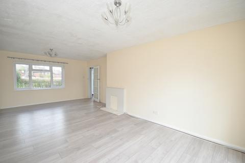 3 bedroom semi-detached house to rent - Homestead Way New Addington CR0