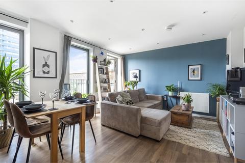 2 bedroom flat for sale - Katie Court, 7 Edwin Street, London