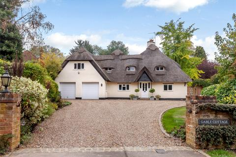 5 bedroom detached house for sale - Village Way, Little Chalfont, Buckinghamshire, HP7