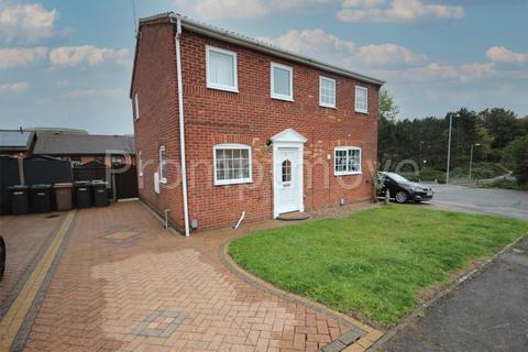 2 bedroom semi-detached house to rent - Layham Drive Luton LU2 9SY