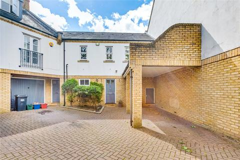 2 bedroom terraced house for sale - Bailey Mews, Chiswick, London