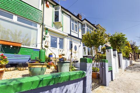 3 bedroom terraced house to rent - Old Laira Road, Plymouth