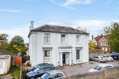 Studio for sale - Bridge Road, Worthing West Sussex, BN14