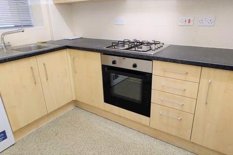 2 bedroom flat to rent - Flat 12A, 64-82 Myrdle Street