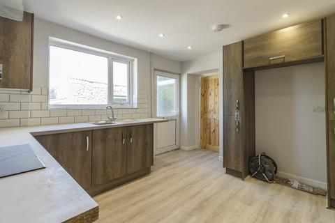 3 bedroom end of terrace house to rent - Bridgend Road, Maesteg