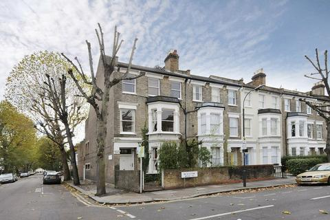 2 bedroom flat to rent - Beauclerc Road W6