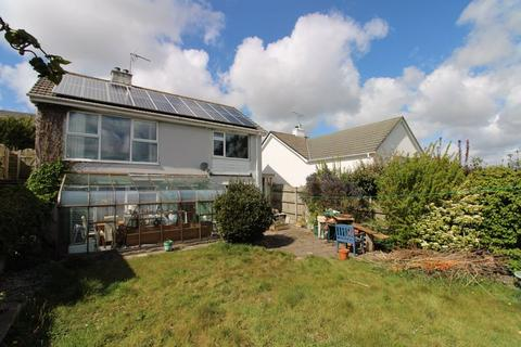 3 bedroom detached house for sale - Polsue Way, Truro