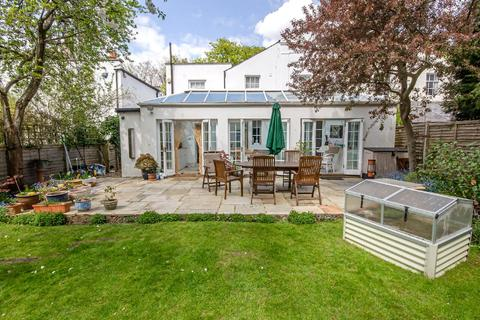 5 bedroom semi-detached house for sale - Fortis Green, East Finchley, London, N2