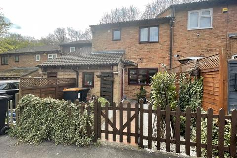 3 bedroom terraced house for sale - Spoondell, Dunstable