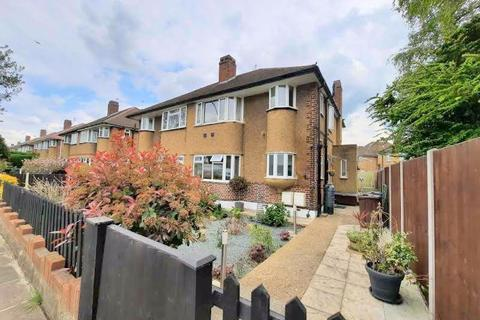 1 bedroom apartment for sale - Staines Road, Feltham