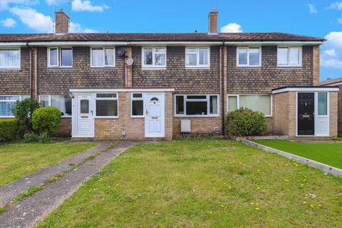 3 bedroom terraced house for sale - Robin Way, Chelmsford