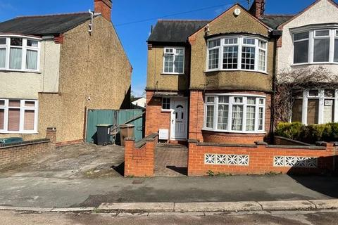 3 bedroom semi-detached house to rent - Seymour Road