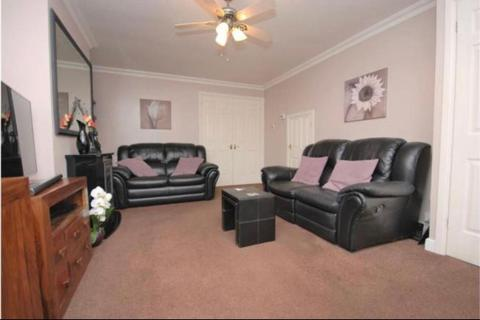 3 bedroom detached house to rent - Byron Gardens, Tilbury, Essex