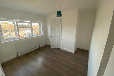 1 bedroom in a house share to rent - Long Riding, Basildon