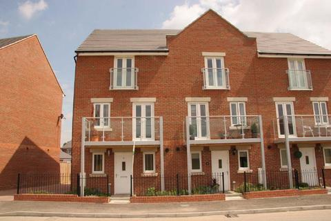 3 bedroom end of terrace house to rent - Somers Way, Eastleigh