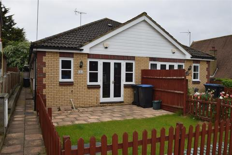 1 bedroom bungalow for sale - Magpies, Potter Street, Harlow