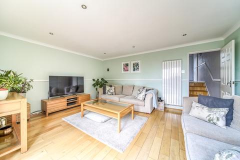 3 bedroom terraced house for sale - Pittville Gardens, London, SE25