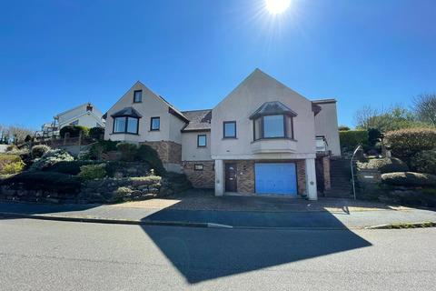 5 bedroom detached house for sale - St. Patricks Hill, Llanreath, Pembroke Dock