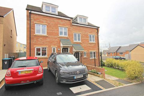 3 bedroom townhouse for sale - Kirkfields, Sherburn Hill, Durham