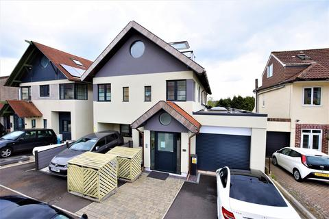 1 bedroom flat for sale - Arbutus Drive, Coombe Dingle