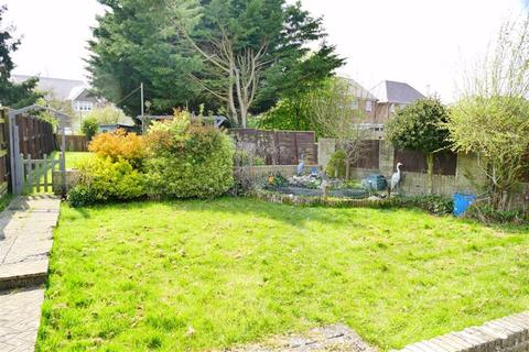 4 bedroom semi-detached house for sale - Fairway, Quemerford, Calne