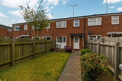 3 bedroom terraced house for sale - Tattershall Close, Hull