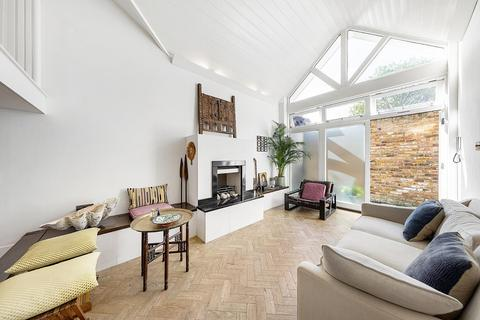2 bedroom house for sale - The Gatehouse, Bedford Road, SW4