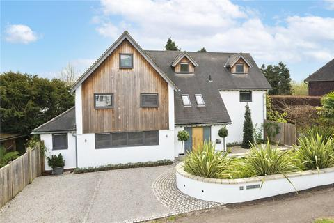 5 bedroom detached house for sale - Beaconsfield Road, Claygate, Esher, Surrey, KT10