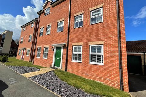 2 bedroom flat to rent - Sandown Drive, Bourne