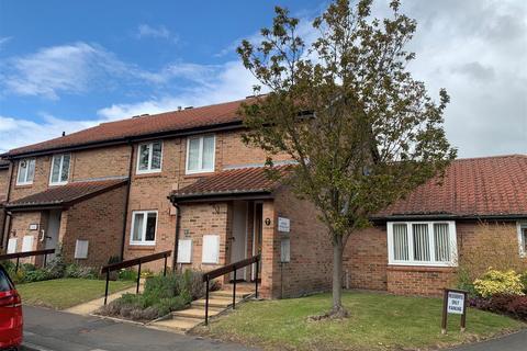 2 bedroom retirement property for sale - Old School Court, Upper Poppleton