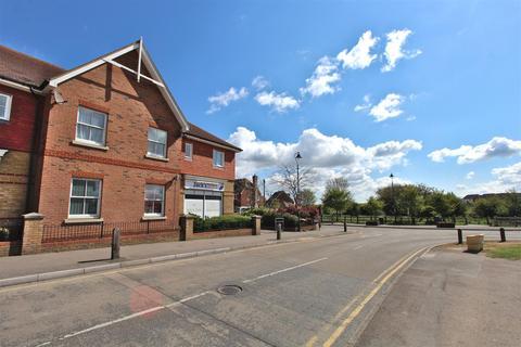 2 bedroom flat for sale - School Lane, Iwade, Sittingbourne