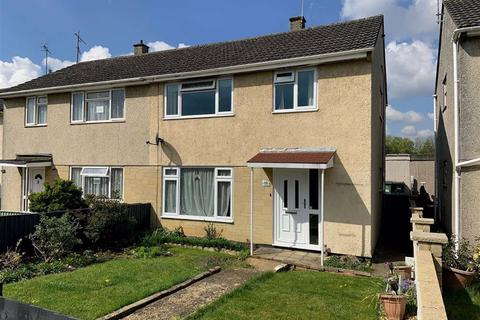 3 bedroom semi-detached house for sale - Cranwell Close, Chippenham, Wiltshire, SN14