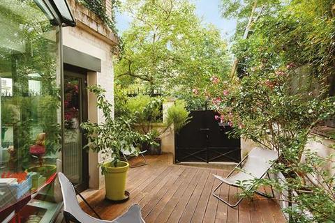 4 bedroom house - 75018 Paris 18 Buttes-Montmartre, Paris, Île-de-France